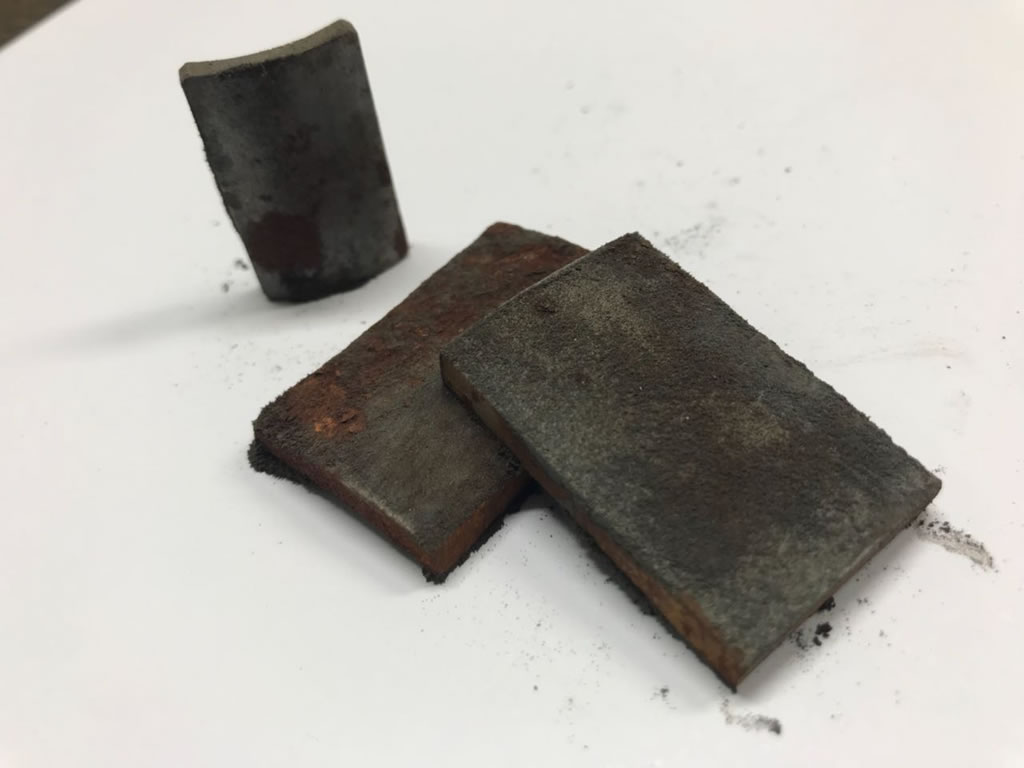 verrostete Magnetsegmente
