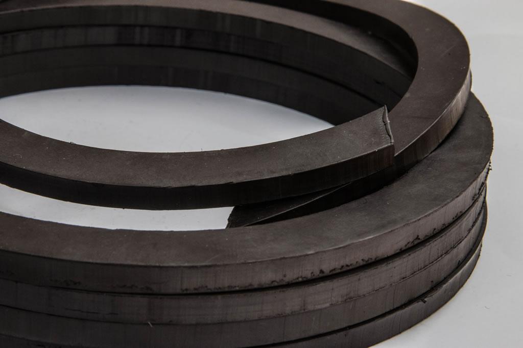 kunststoffgebundener_magnet_ringe_2