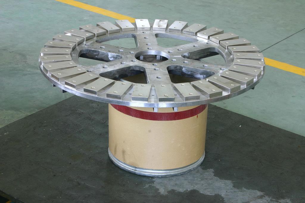 NdFeB Magnetblöcke auf einer Trägerplatte